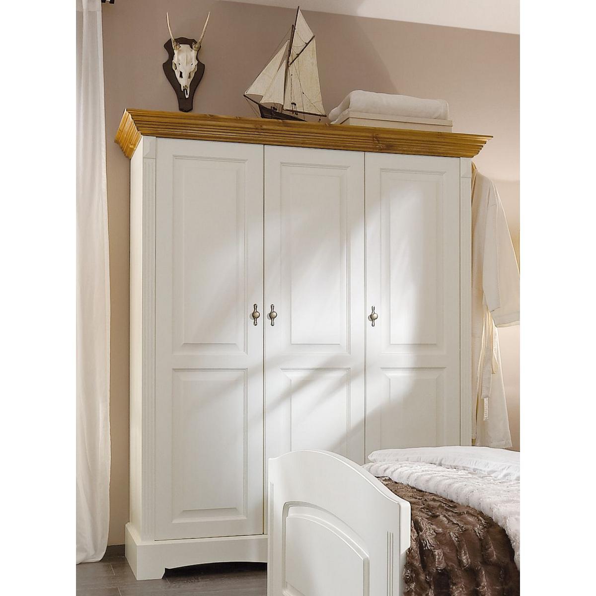 landhausstil 2 t rig holz kiefer massiv goldbraun lackiert paris pictures to pin on pinterest. Black Bedroom Furniture Sets. Home Design Ideas