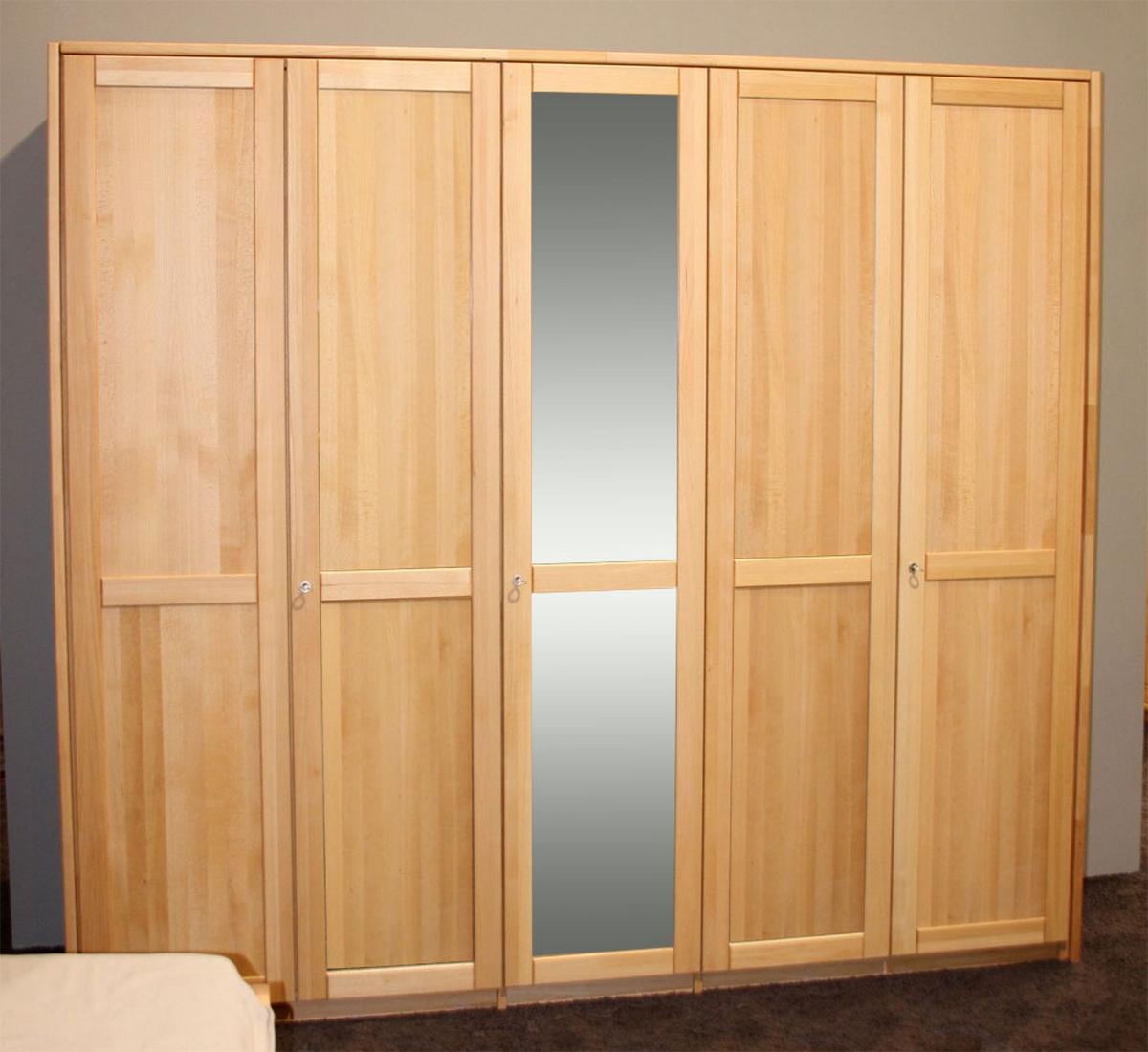 echtholz kleiderschrank mit spiegel buche massiv ge lt. Black Bedroom Furniture Sets. Home Design Ideas