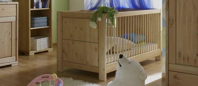 traumhafte babybetten aus massivholz. Black Bedroom Furniture Sets. Home Design Ideas