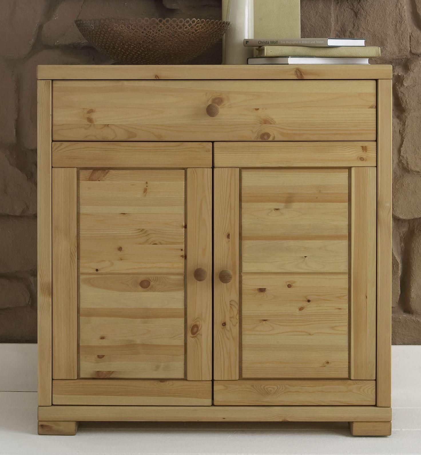 flurkommode anrichte kiefer massiv gelaugt ge lt 2 t rig rauna. Black Bedroom Furniture Sets. Home Design Ideas