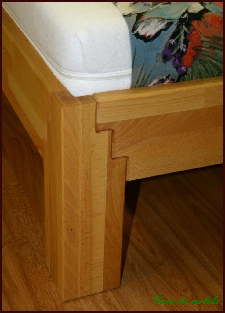 echtholz einzelbett jugendbett 90x200 buche massiv ge lt z bei casa de moblia. Black Bedroom Furniture Sets. Home Design Ideas