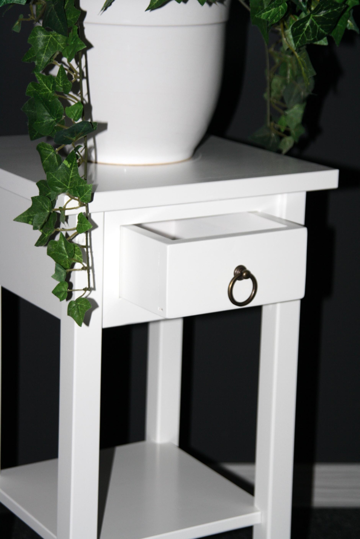 telefontisch klein blumentisch blumenhocker 60 massiv weiss bei casa de mobila. Black Bedroom Furniture Sets. Home Design Ideas