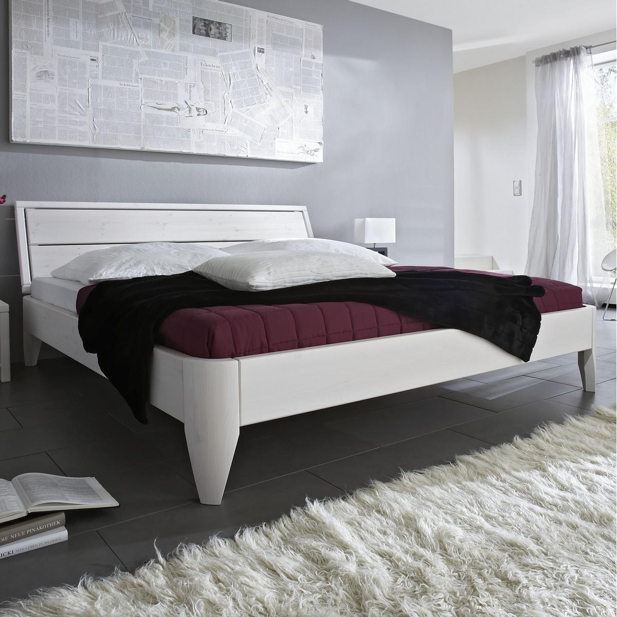 Massivholz Bett 200x200 XL EASY SLEEP Kiefer massiv weiß lackiert ...