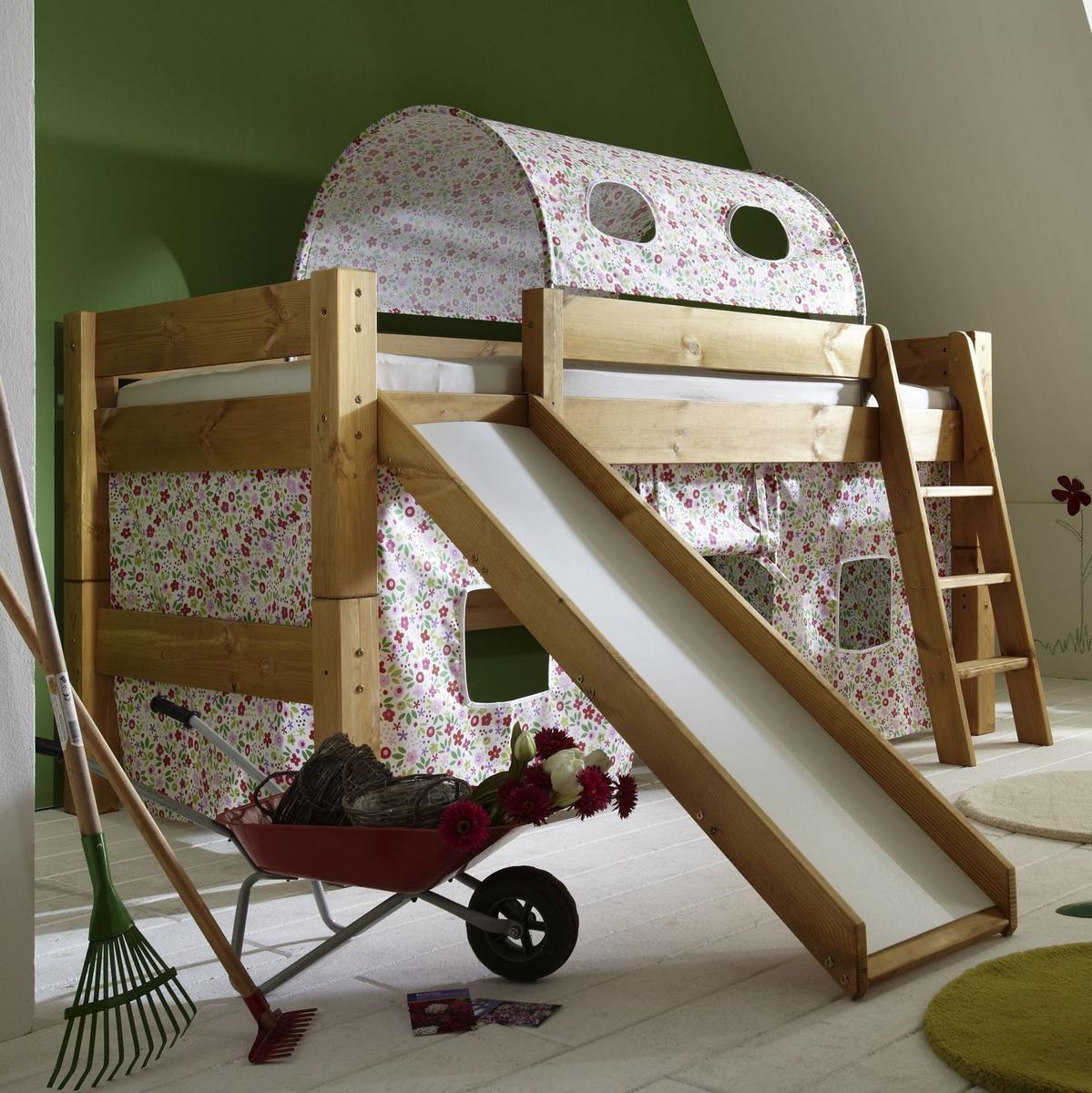 hochbetten mit rutsche hochbett mit rutsche und schaukel hochbett mit rutsche in l form monic. Black Bedroom Furniture Sets. Home Design Ideas