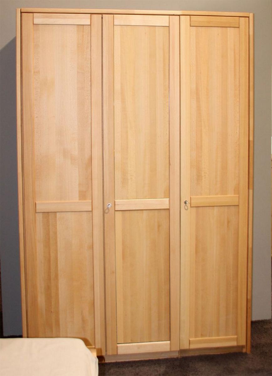 Echtholz kleiderschrank 3 t rig buche massiv ge lt bei for Holzschrank massiv gebraucht