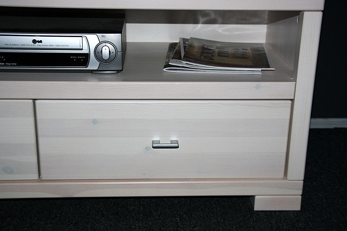 massivholz tv lowboard 120 guldborg kiefer massiv wei lasiert. Black Bedroom Furniture Sets. Home Design Ideas