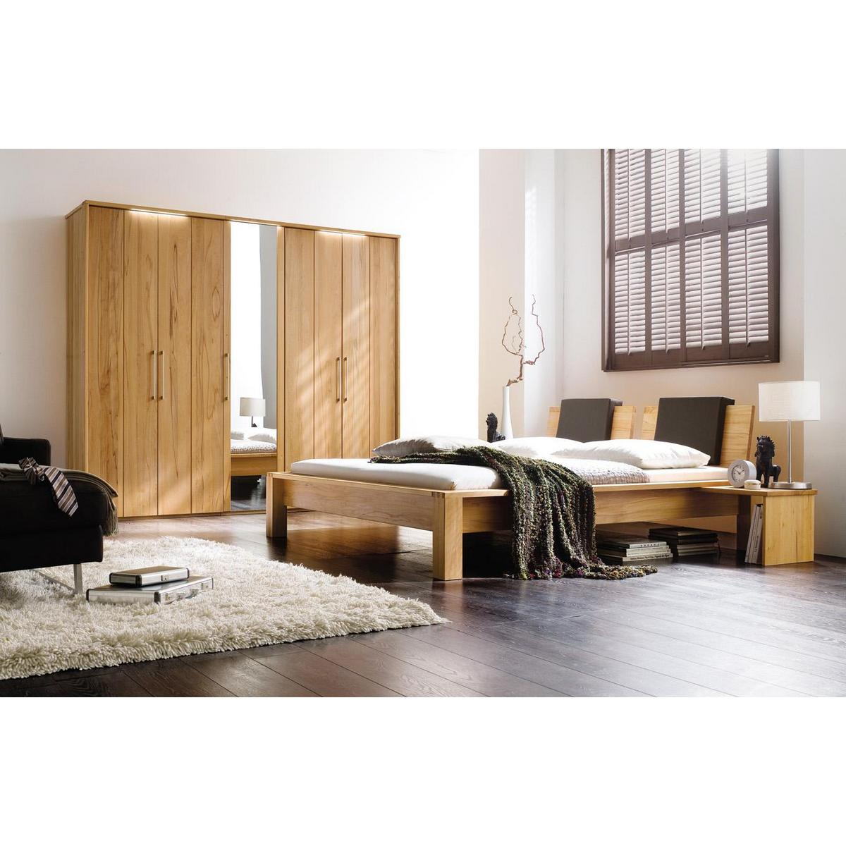vollholz bett 200x200 palermo kernbuche massiv. Black Bedroom Furniture Sets. Home Design Ideas