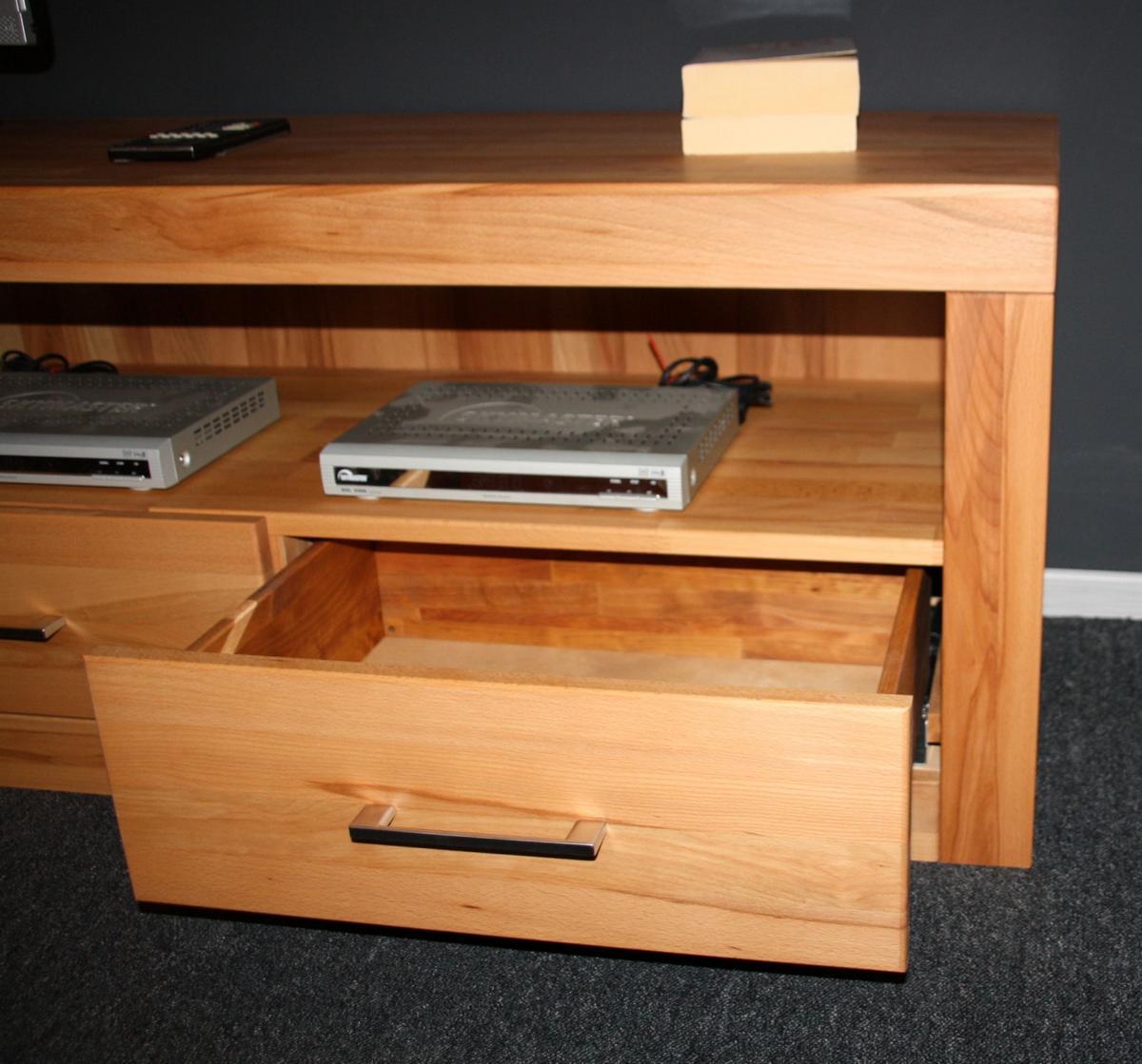 wohnzimmerschrank wohnwand gro kernbuche massiv ge lt. Black Bedroom Furniture Sets. Home Design Ideas
