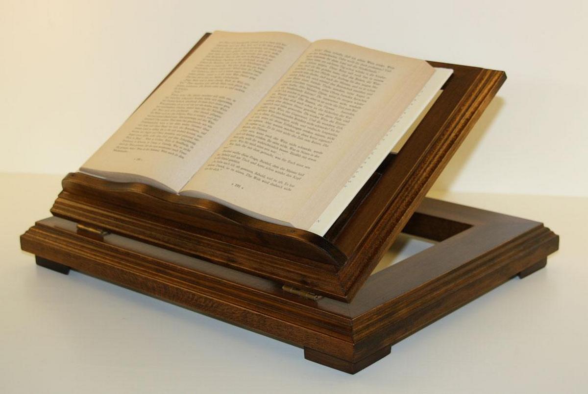 buchst nder buchhalter buchst tze bibelst tze holz massiv braun nussbaum kolonial. Black Bedroom Furniture Sets. Home Design Ideas