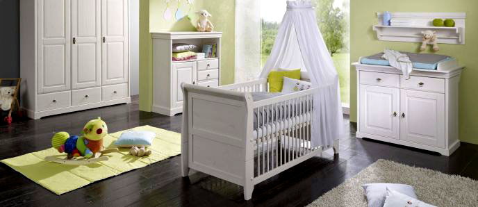 komplette babyzimmer aus massivholz. Black Bedroom Furniture Sets. Home Design Ideas